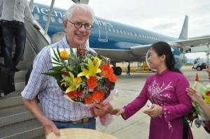Nobel winners visit scientific symposium of Vietnam