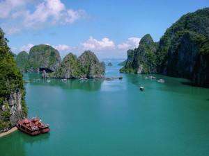 Ha Long Bay (Natural World Heritage)