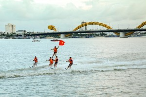 Han River is Vibrant with Windsurfing Performances