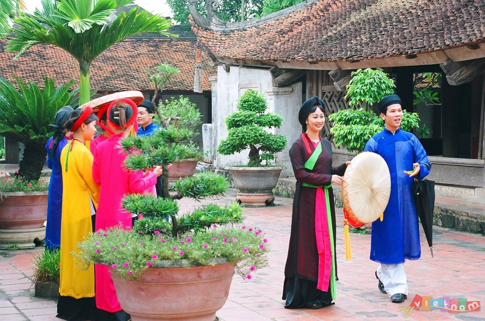 Quan-Ho-Bac-Ninh-Folk-Songs (11)