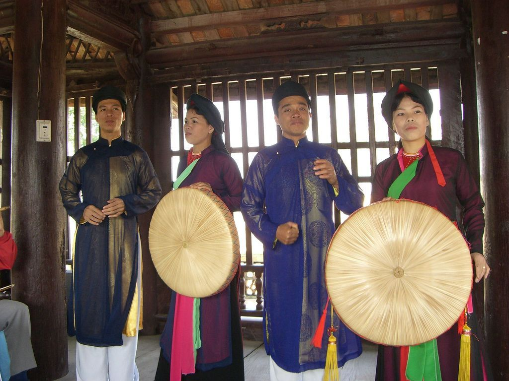 Quan-Ho-Bac-Ninh-Folk-Songs (6)