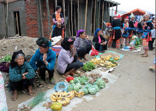 Horn-Market-in-Lai-Chau4