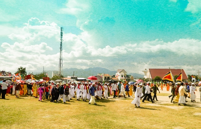 Kate-Festival-of-Cham-People-in-Ninh-Thuan-Province2