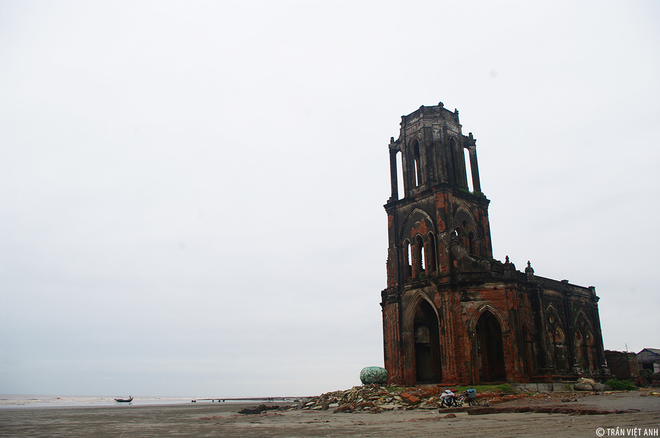 Spectacular-Churches-Nam-Dinh-10