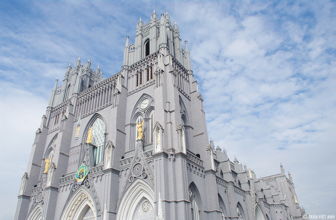 Spectacular-Churches-Nam-Dinh-2