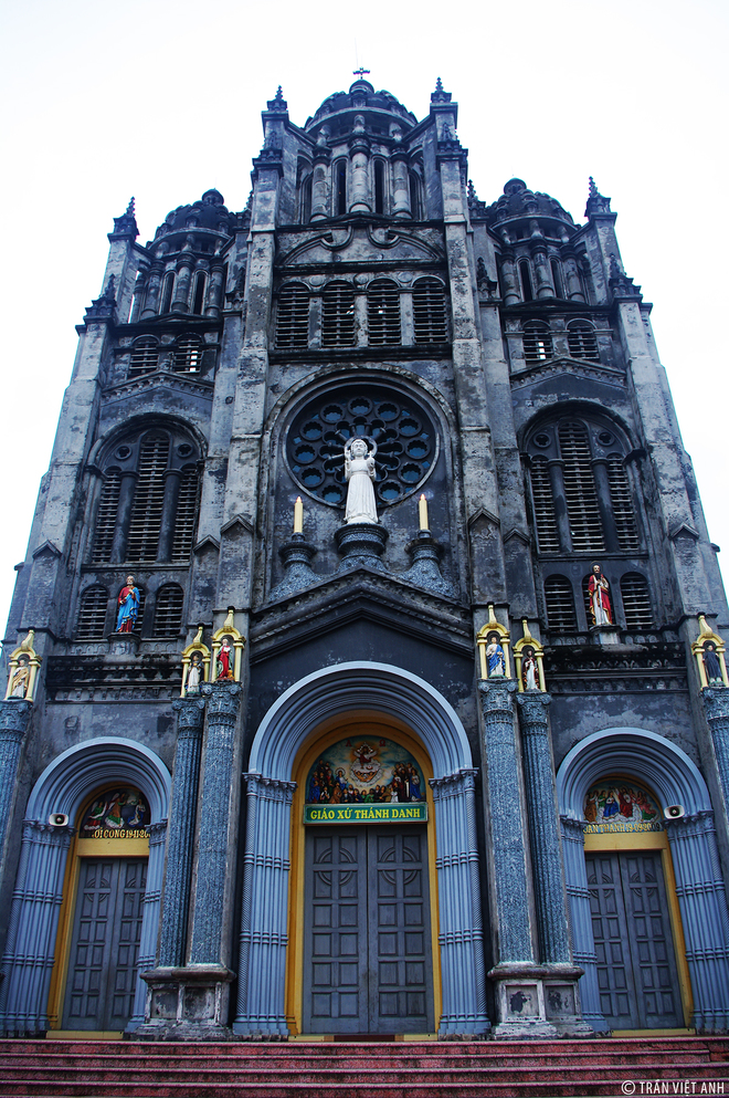 Spectacular-Churches-Nam-Dinh-5