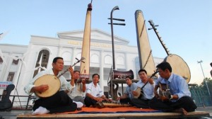 UNIQUE ETHNIC MUSIC IN MEKONG DELTA