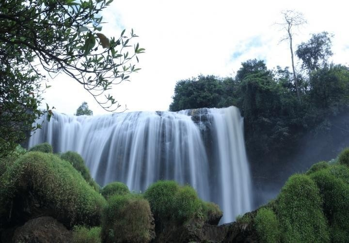 Elephant-Waterfall-da-lat (7)