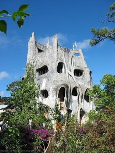 Visit The Villa That Has The Most Eccentric Architecture In Vietnam