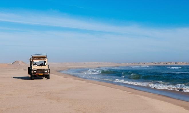 Hai-Van-Pass- One-Of-10-Great-Scenic-Drives-Around-The-World (7)