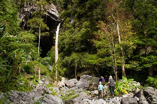 tu-lan-cave (1)