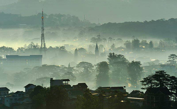 STUNNING BEAUTY OF DA LAT DAWN  (13)