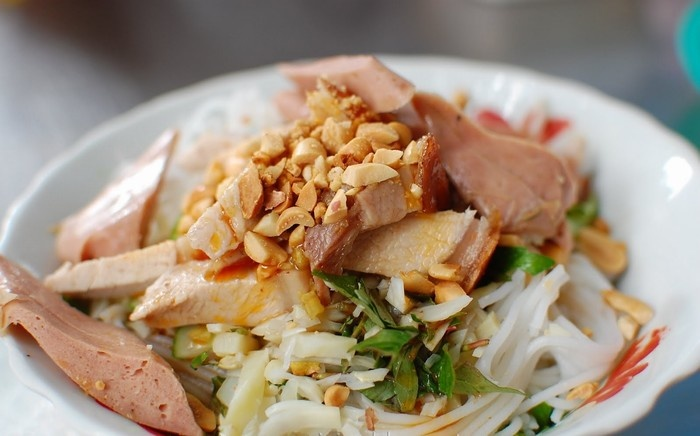 Da Nang Fish Noodle Soup (7)