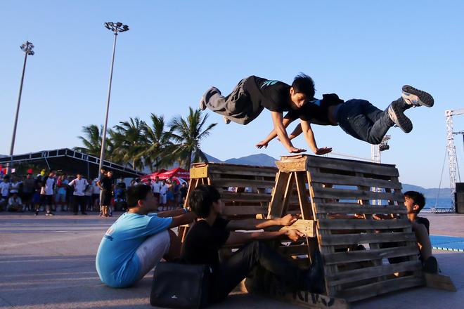 Young People Stir Da Nang By Adventurous Games (5)