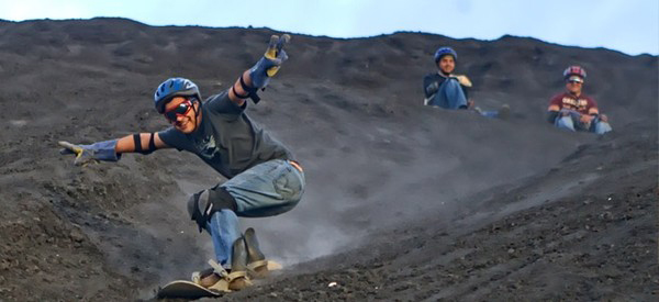 Vietnam On The Second Top For Sand Sliding  (8)