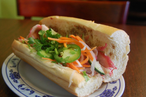 Roughguides Suggests Must-try Vietnamese Foods (2)