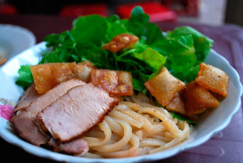 Roughguides Suggests Must-try Vietnamese Foods (6)