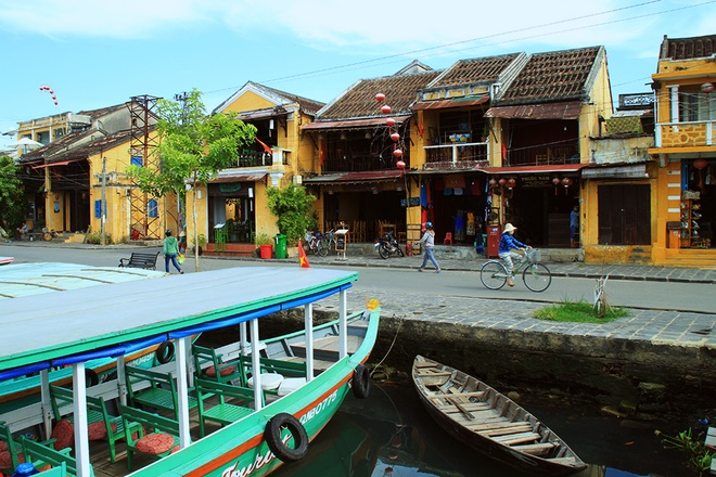 Simple And Attractive Beauties of Hoi An (3)