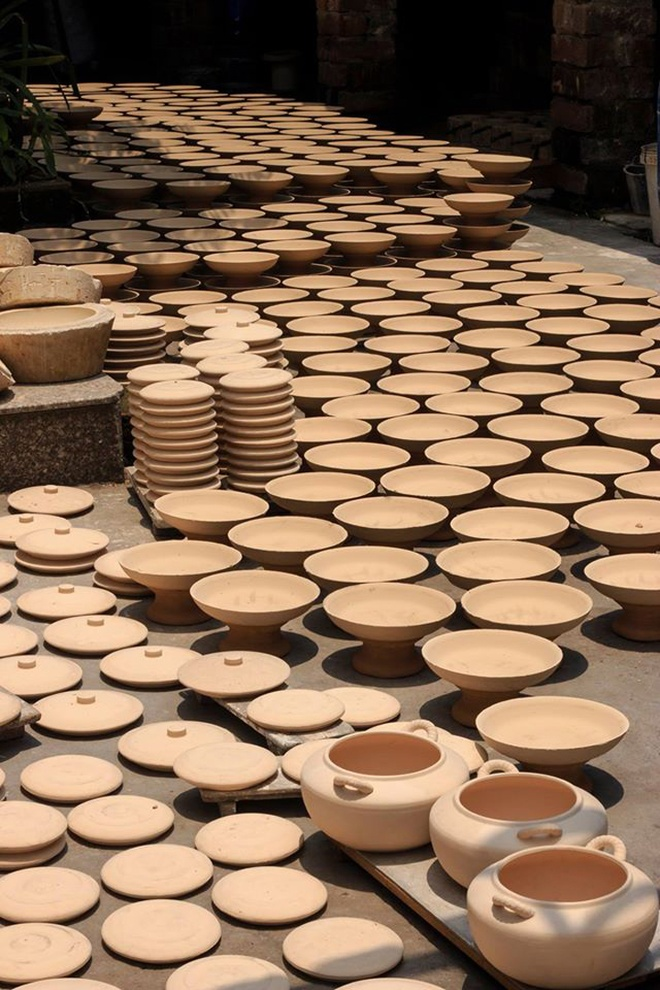 Kim Lan- Ceramic Village Of Thousand Years Near Red River (10)