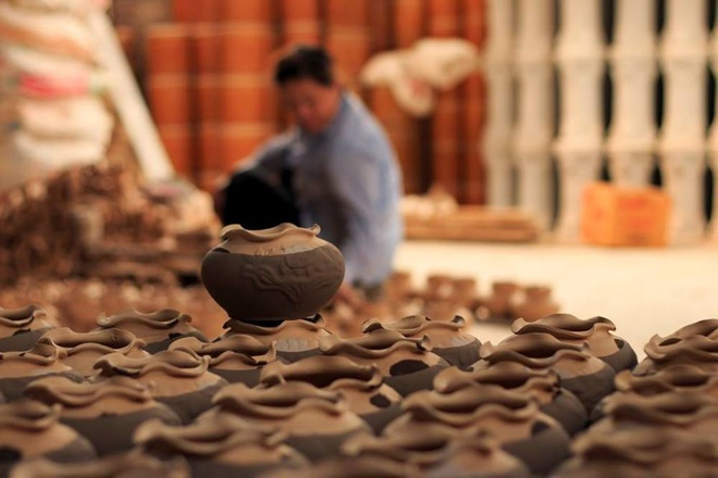 Kim Lan- Ceramic Village Of Thousand Years Near Red River (7)
