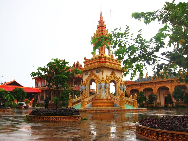 The Beauty of the Ancient Temples In Mekong Delta Region (3)