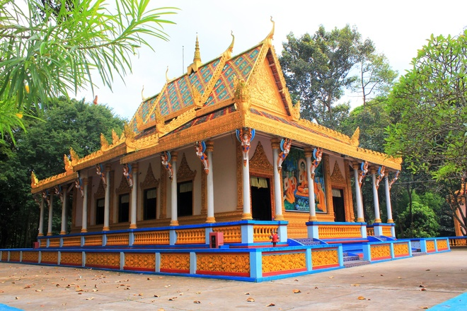 The Beauty of the Ancient Temples In Mekong Delta Region (4)
