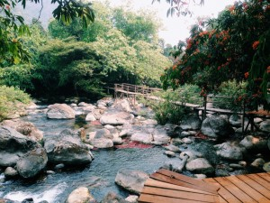 Discover a fairyland in Quang Binh – Nuoc Mooc Stream