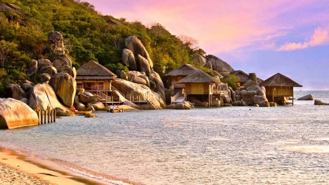 Vinh-Van-Phong-Nha-Trang-3-678x381