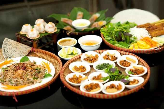 Diverse cuisine