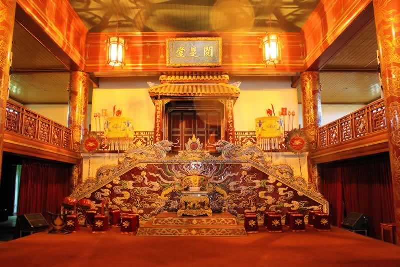 The stage of Duyet Thi hall