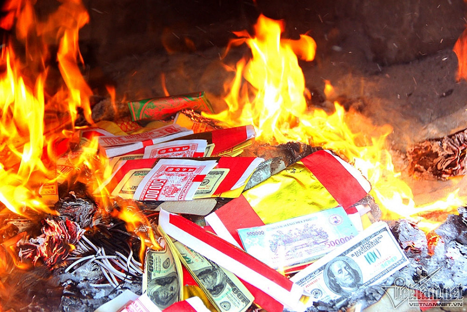 Ghost money is burnt tobe sent to the other world