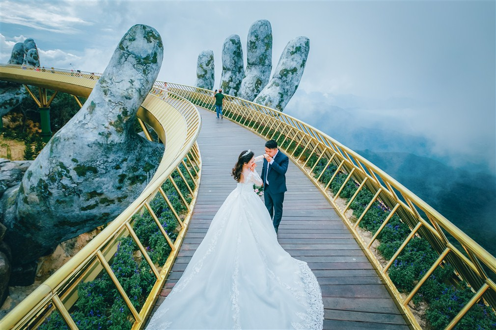 The bridge becomes a favorite place for wedding albums