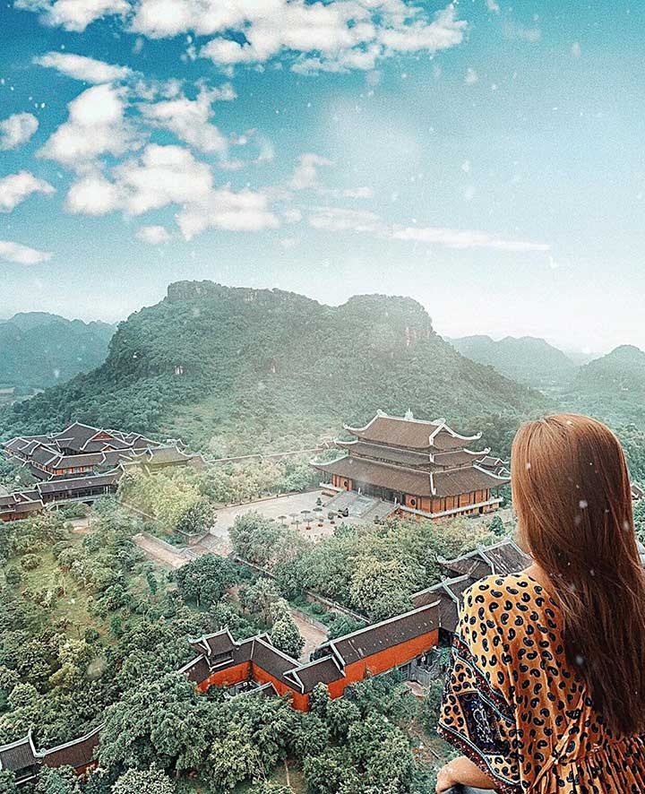 Without no doubt, Bai Dinh Pagoda is the masterpiece of both man and nature.