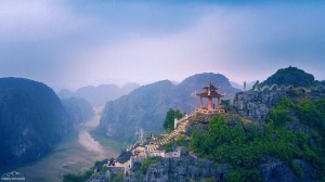 Mua Cave- the great wall of Vietnam in Ninh Binh province