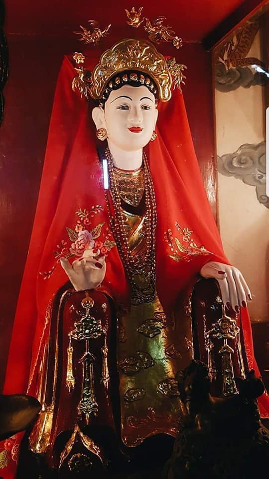 Lieu Hanh Mother-the Goddess was deified from a real person
